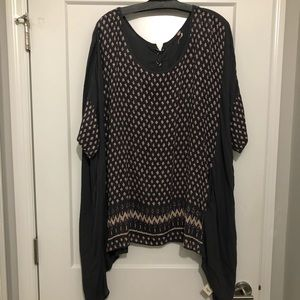 Free People Short Sleeve Tunic Size M/L Gray